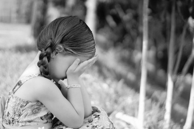 BRUTÁLISAN SOKKOLÓ! Egy 5 éves kislányt erőszakoltak meg!