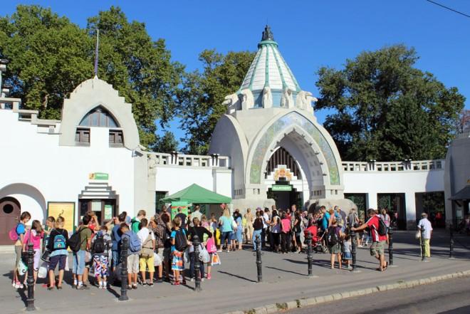 Ingyen mehetnek a gyerekek egy hétig a fővárosi állatkertbe!