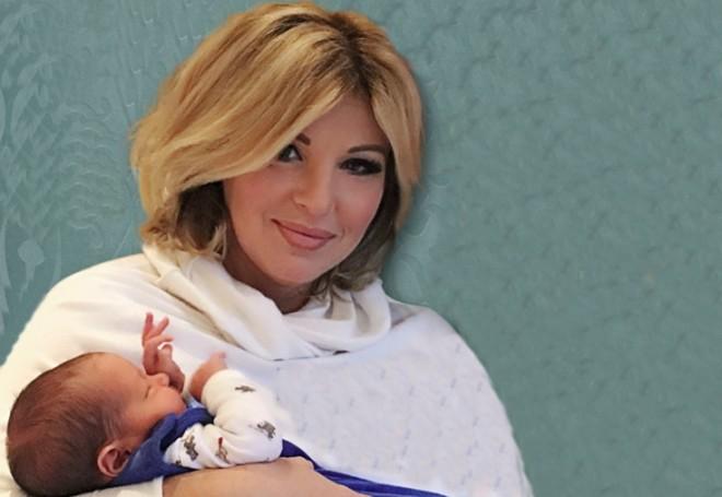 Megvannak az első babafotók Liptai Claudiával a szülés után!