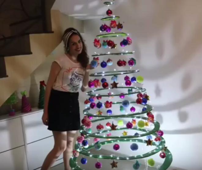 Így készíts lebegő karácsonyfát! NAGYON KÜLÖNLEGES ÖTLET!