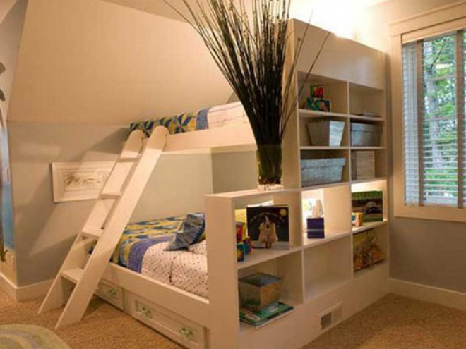 TELITALÁLAT! Remek helykihasználás beépített ágyakkal. Ráadásul nagyon egyedi!