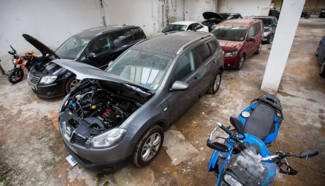 Nem is gondolnád, melyik autómárkát lopják legtöbbször Magyarországon...