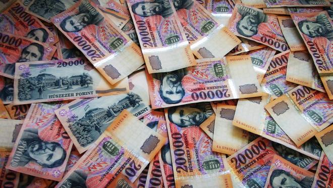 Van tipped ki keres ma Magyarországon percenként 11,5 ezer forintot?