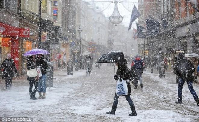 IDŐJÁRÁS ELŐREJELZÉS - Jön a hideg és tartós lesz a havazás!