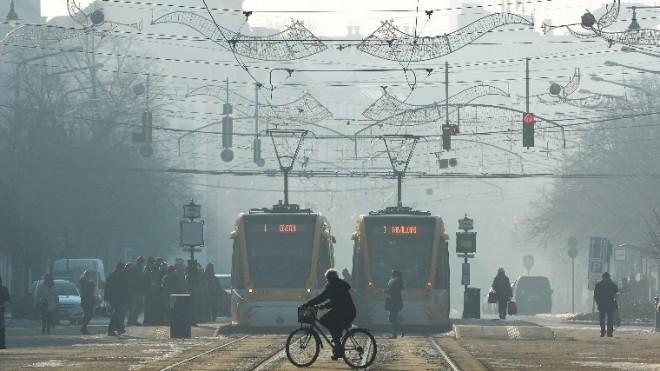 FIGYELEM!! Mától ingyenes a tömegközlekedés a fővárosban a szmogriadó miatt kitiltott autósoknak!