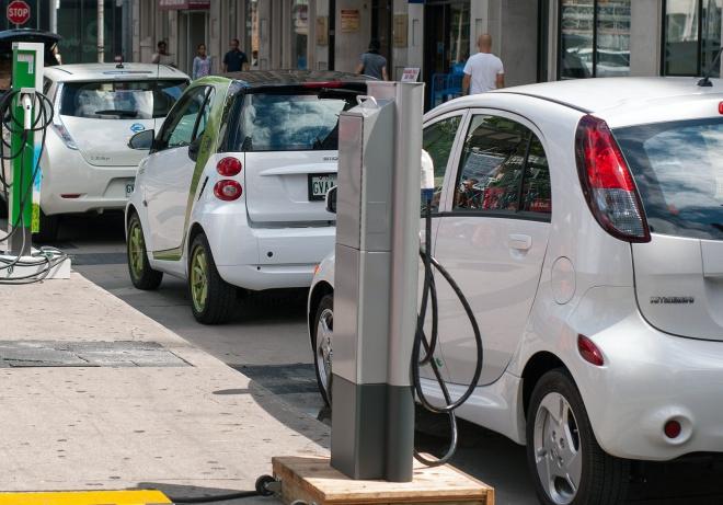 Az észtek elektromos autóval fognak járni