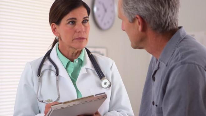 Az 1967 és 1947 között születetteket be fogják hívni a háziorvosok