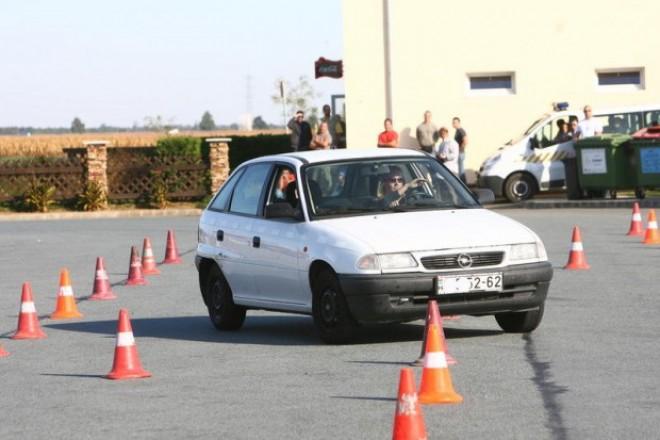 Ingyenes képzési program indult a  B, C, D, E kategóriás járművezetők számára!