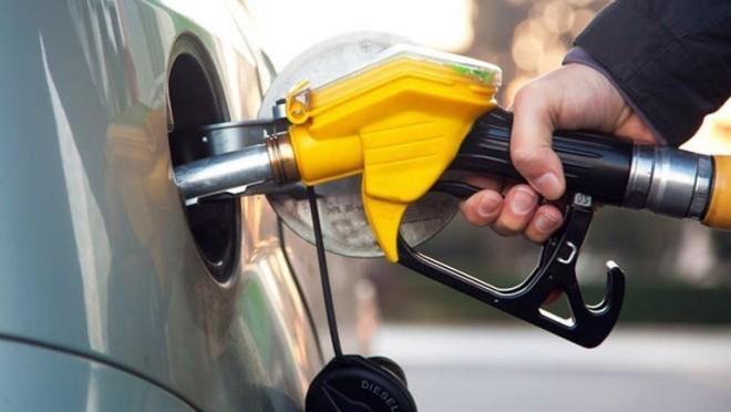 Ma még ne tankolj, mert holnaptól sokkal olcsóbb lesz!!