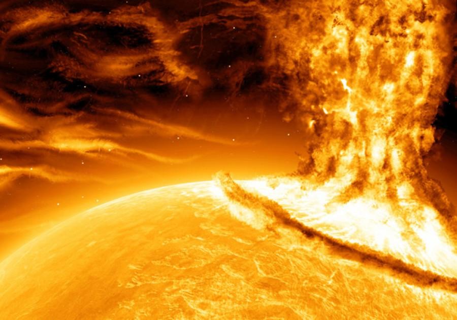 HATALMAS NAPKITÖRÉS ÉLŐBEN! Figyelmeztetést adott ki a NASA!