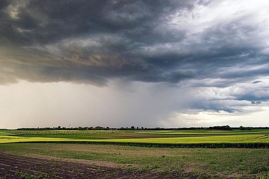 Mutatjuk, hol tartanak a felhők! Újabb jégeső és vihar van kilátásban!