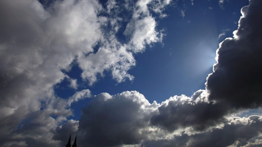 Valamennyi megyére figyelmeztetést adott ki a meteorológiai szolgálat! Szélsőséges időjárás várható!