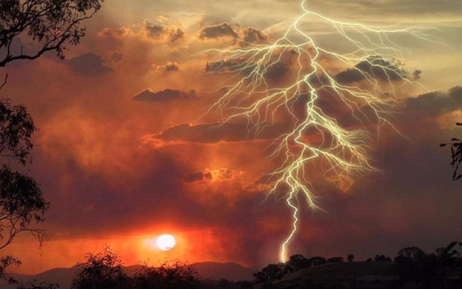 Másodfokú riasztást adtak ki, és hidegfront érkezik viharokkal!