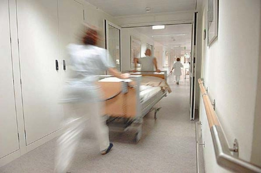 Kórházba kellett vinni az RTL Klub műsorvezetőjét!
