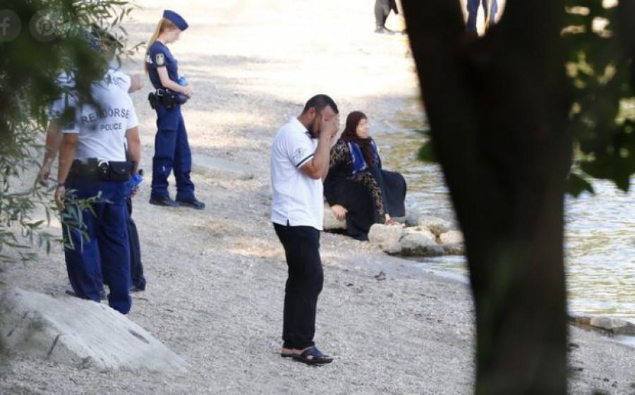 Megrázó: így siratta a parton a Dunába veszett gyermekét az anya