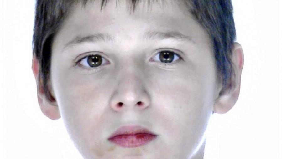 Figyelem! Segítsen egy megosztással: eltűnt ez a 11 éves fiú Ceglédről!