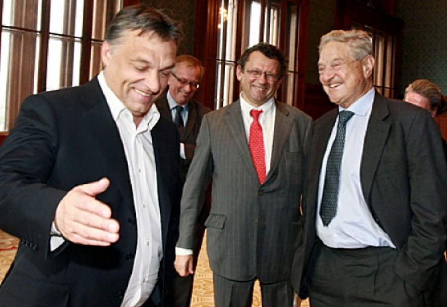 VÁRATLAN FORDULAT: a Fidesz keményen kiállt Soros György mellett!