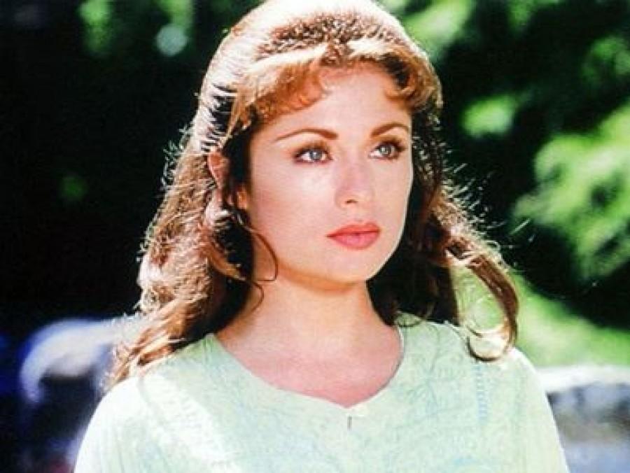 Nézd meg most milyen a gyönyörű Esmeralda, a népszerű sorozat sztárjára!