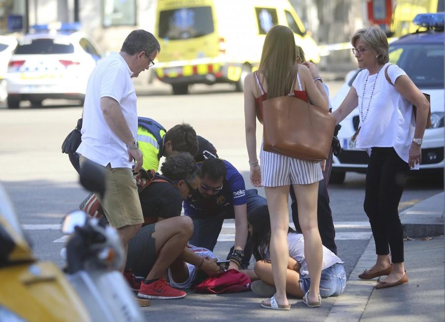 Így reagáltak a spanyolok a barcelonai terrortámadásra