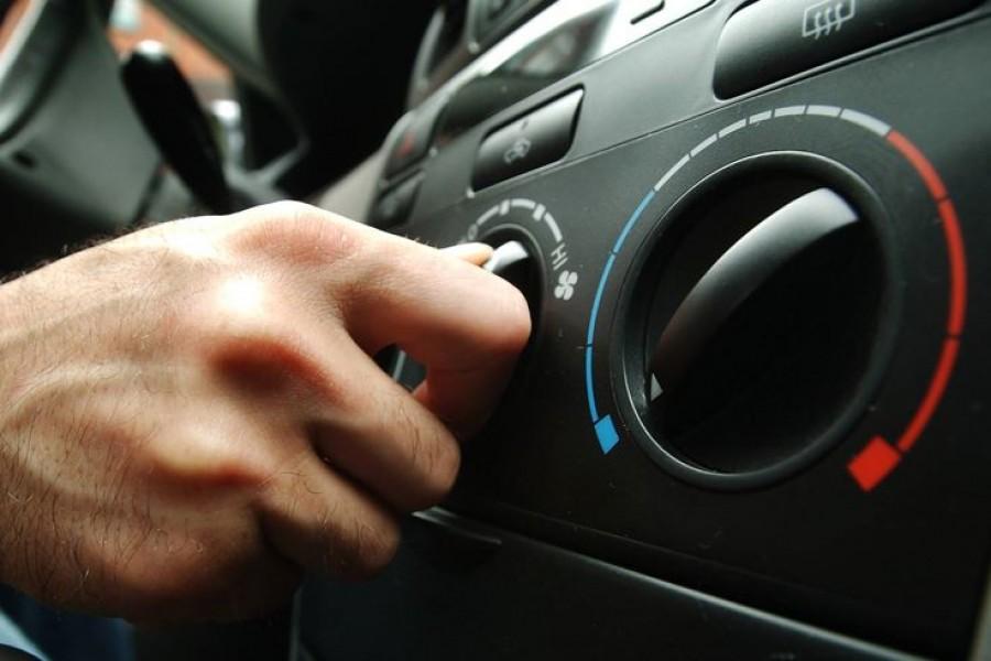 Soha ne kapcsold be az autó légkondiját azonnal az indulás után!