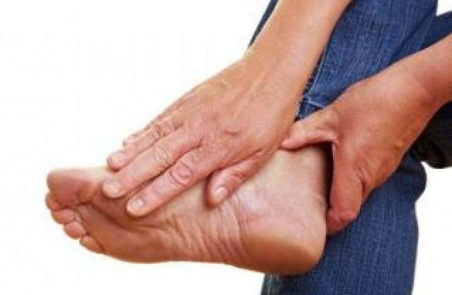 Te is gyakran ébredsz arra, hogy görcsöl a lábad?