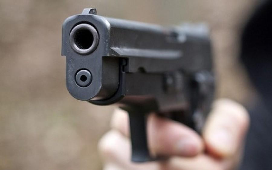 DÖBBENETES: a rendőrök  fejbelőttek egy fiatalembert!