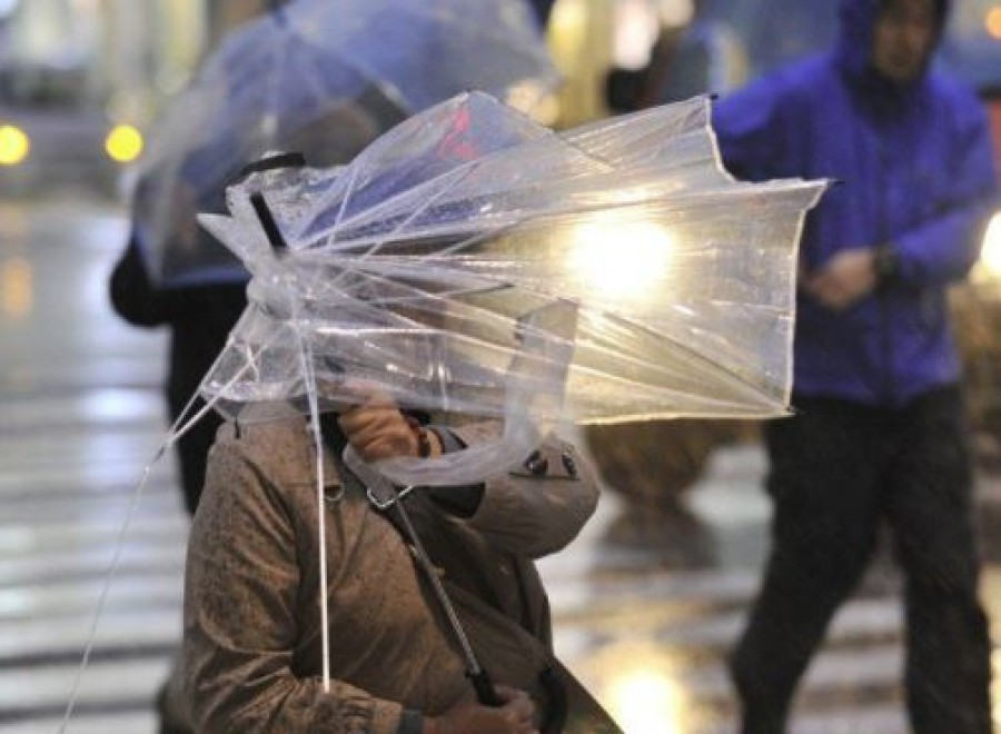 Készülj fel: viharos széllel indul a hét, és szerdától gyökeres fordulat!