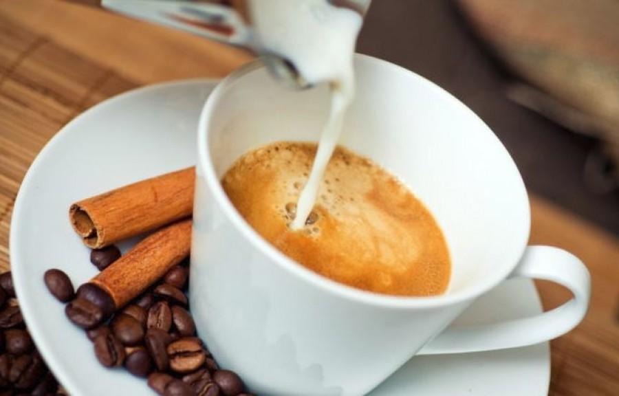 Ha rendszeresen kávézol, ezeket a fűszereket mindenképpen próbáld ki!