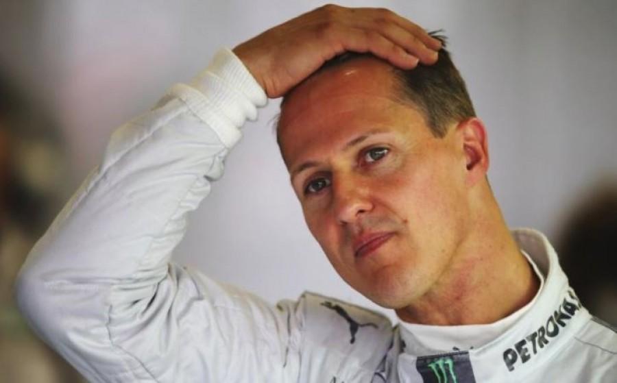 Lefotózták a betegen fekvő Schumachert
