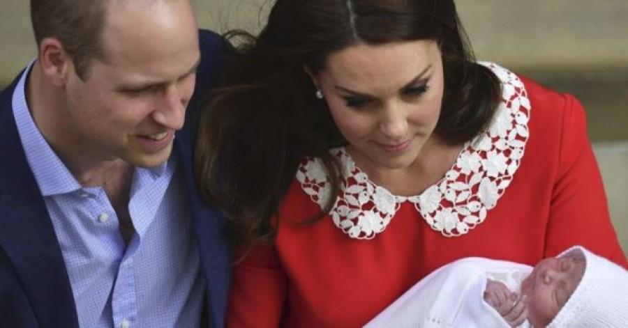 Friss hír: nevet adott kisfiúknak Katalin és Vilmos herceg