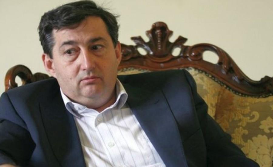 Arcpirító szóvicc lett Mészáros Lőrinc sportmárkájának a neve