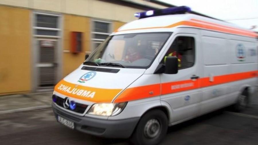 Buszmegálló mellett csapott le a villám, több embert kórházba szállítottak
