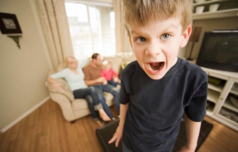 A pszichiáter figyelmeztet: ez történik azokkal a gyerekekkel, akiknek mindent megengednek a szülők!