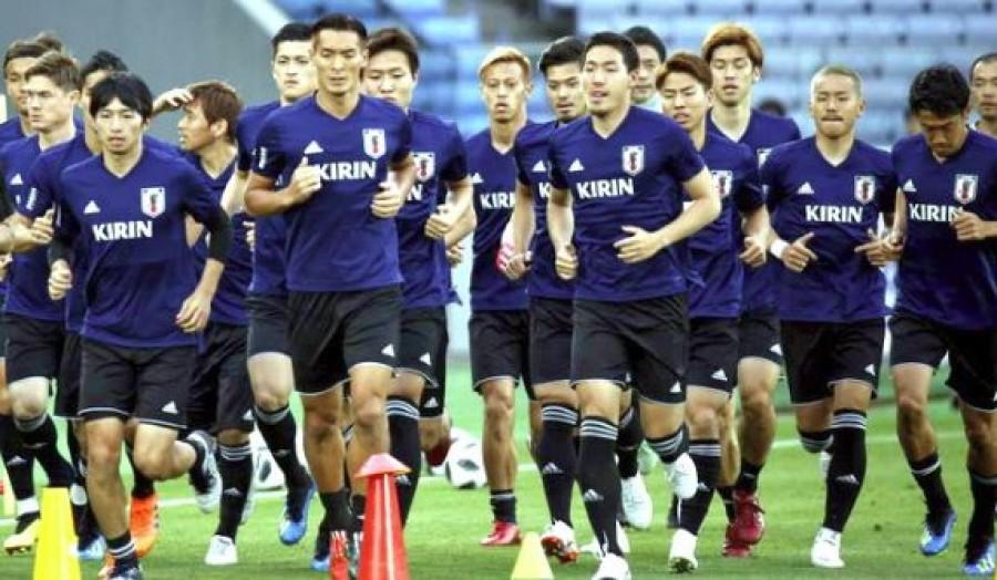 Így hagyták ott a japán focisták az öltözőjüket a vesztes meccs után