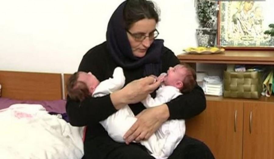 5 évvel ezelőtt ikrek születtek az apáca és a pap szerelméből
