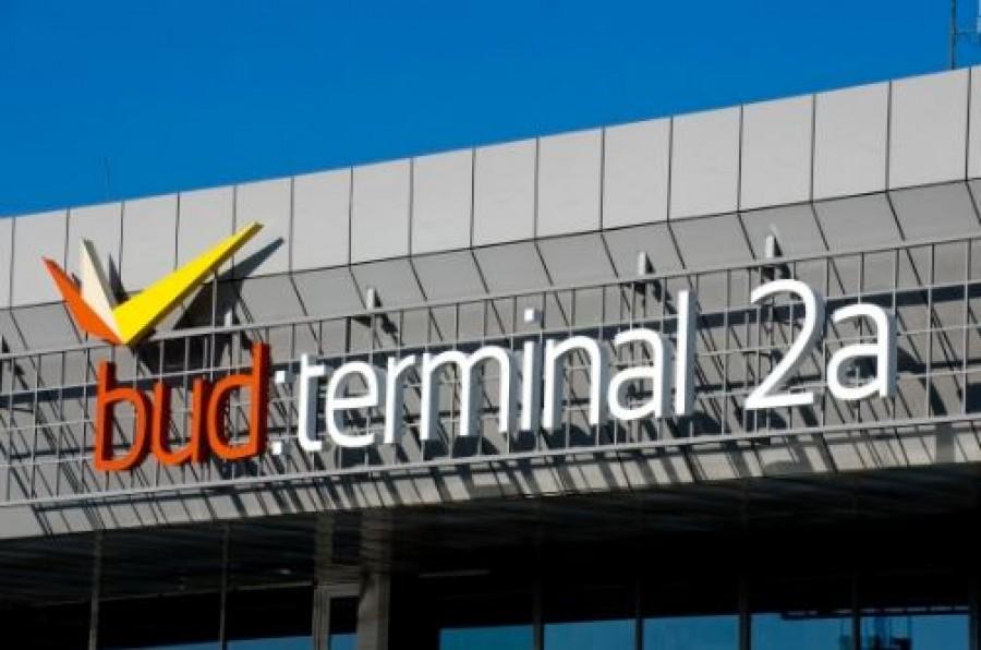 El kellett hagyni az utasoknak a ferihegyi repteret
