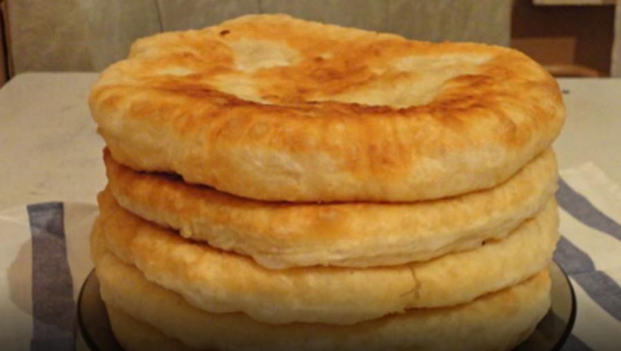 Puha kefires lepény – gyorsan elkészíthető és finom