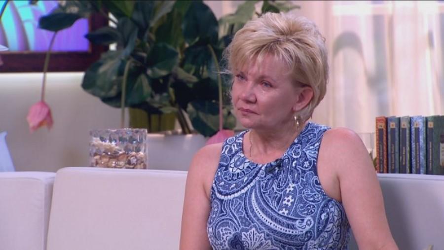 Nyílt levelélben pakolt ki Weisz Fanni édesanyja! Megrendítő sorok a lányáért aggódó édesanyától.