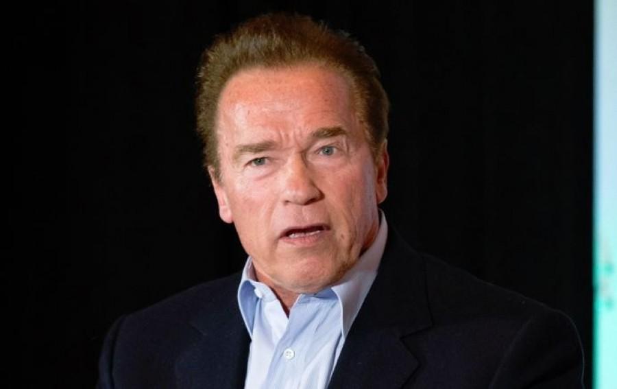 Arnold Schwarzeneggert nem engedték be egy budapesti boltba