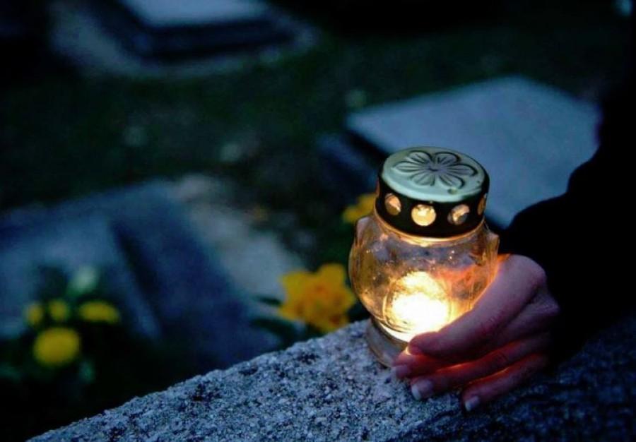 Közös sírban lelnek végső nyugalmat a várpalotai édesanya és a 2 éves Gergő